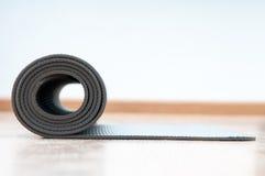 Yogamat royalty-vrije stock afbeeldingen