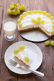Yoghurt cake with grape Royalty Free Stock Photography