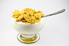 Yoghurt met cornflakes Stock Afbeelding