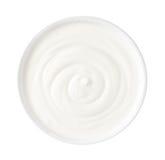 Yoghurt som isoleras på vit bakgrund arkivfoton