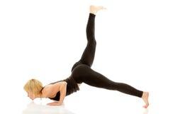 Yogi женщины в представлении йоги Стоковая Фотография RF