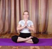 Yogi женщины Стоковые Фотографии RF