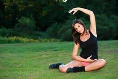 Yogo relativo alla ginnastica e meditazione Immagine Stock