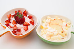 Yogurt com fruto Imagem de Stock