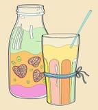 Yogurt del cocktail dei frullati immagini stock libere da diritti