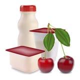 Yogurt e ciliegia Fotografia Stock