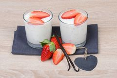 Yogurt with fresh strawberries Royalty Free Stock Photography