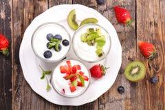 Yogurt and fruit Royalty Free Stock Photo