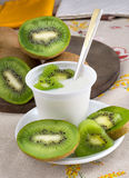 Yogurt with kiwi Stock Photography