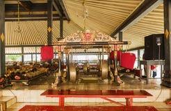 YOGYOKARTA, JAVA 20 DE MARÇO DE 2016: Palácio do sultanato em Yogyakarta - lugar da música no palácio para a orquestra real Imagem de Stock Royalty Free