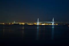 Yokohama-Bucht-Brücke nachts Stockbilder