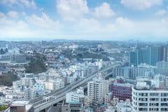 Yokohama cityscape och moderna kontorsbyggnader och skyskrapor, Royaltyfria Foton