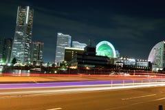 Yokohama-Stadt u. rollender Verkehr Stockfotos