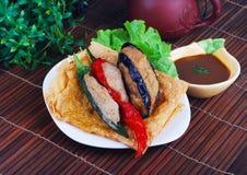 Yong Tau Fu。 被充塞的鱼酱亚洲烹调 库存照片