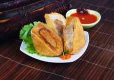 Yong Tau Fu。 被充塞的鱼酱亚洲烹调 免版税库存照片