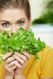 Yong woman with salad Royalty Free Stock Photos