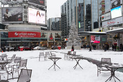 Yonge en Vierkant Dundas na sneeuw Royalty-vrije Stock Foto