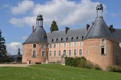 Yonne, το γραφικό κάστρο Αγίου Fargeau Στοκ Εικόνα