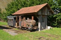 Yonne, το γραφικό χωριό Αγίου Fargeau Στοκ Εικόνα