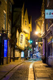 YORK, HET UK - 30 MAART: Schuifelt is een vroegere slagersstraat i Royalty-vrije Stock Afbeeldingen
