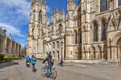 York Minster, la cathédrale historique construite en style architectural gothique et point de repère de la ville de York en Angle Photos libres de droits
