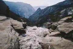 Yosemite - överkant av Nevada Falls Arkivfoto