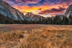 Yosemite на восходе солнца Стоковое фото RF