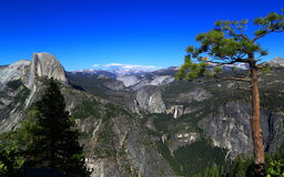 Yosemite-Ansicht vom Gletscher-Punkt Stockbilder
