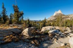 Yosemite backcountry bij gouden uur stock afbeelding