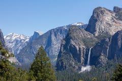 Yosemite - Bridalveil falls and Half Dome Royalty Free Stock Photography