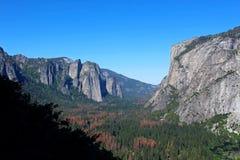 Yosemite dal från denmil slingan, Yosemite, Yosemite nationalpark Arkivfoton