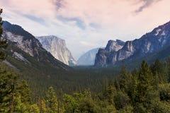 Yosemite dal, Yosemite nationalpark, Kalifornien, USA Arkivfoton