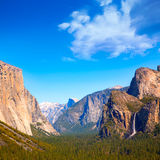 Yosemite el Capitan and Half Dome in California Royalty Free Stock Photos