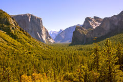 Yosemite el Capitan and Half Dome in California Stock Photos