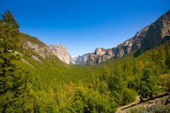 Yosemite el Capitan and Half Dome in California Royalty Free Stock Photos
