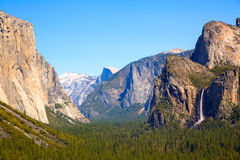 Yosemite el Capitan and Half Dome in California Stock Photography