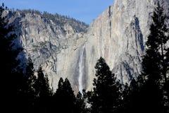 Yosemite Falls, cittadino, parco, vista di California dal villaggio del curry Fotografie Stock Libere da Diritti