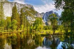 Yosemite Falls, parque nacional de Yosemite Fotografía de archivo libre de regalías