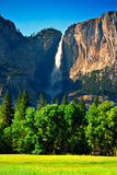 Yosemite Falls, sosta nazionale del Yosemite Fotografie Stock