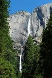 Yosemite Falls superior y más inferior Imágenes de archivo libres de regalías