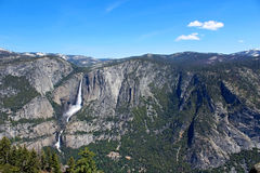 Yosemite Falls Yosemite nationalpark Arkivbild
