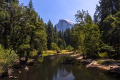 Yosemite - halbe Haube Stockbild
