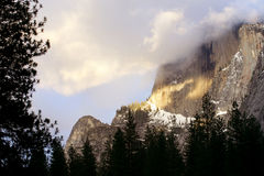 Yosemite im Winter Stockbilder