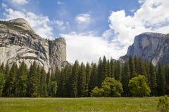 Yosemite National Park on a sunny day Royalty Free Stock Photos