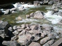 Yosemite nationalparkflod Fotografering för Bildbyråer