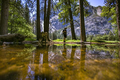 Yosemite odbicia gór osoba Obraz Royalty Free