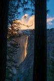 Yosemite ogienia spadki Zdjęcia Stock