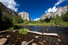 Yosemite park narodowy, Merced rzeka Fotografia Royalty Free