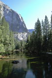 Yosemite parkerar - Kalifornien Arkivfoto