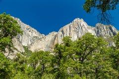 Yosemite Point Cliff Royalty Free Stock Photos